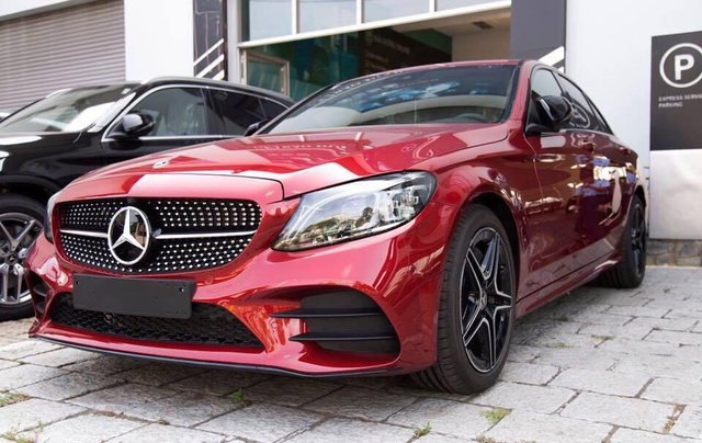 Cần bán xe Mercedes C300 AMG 2019 - Giá tốt nhất cả nước - 09315488661