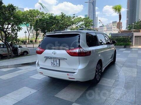 Cần bán xe Toyota Sienna Limited 3.5 sản xuất năm 2018, màu trắng, xe nhập15