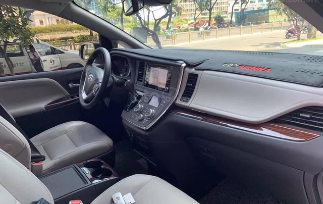 Cần bán xe Toyota Sienna Limited 3.5 sản xuất năm 2018, màu trắng, xe nhập14