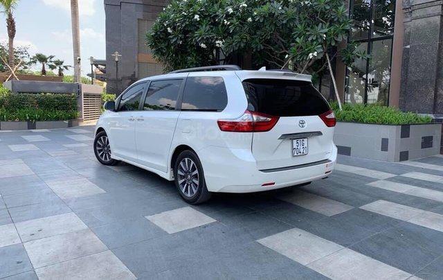 Cần bán xe Toyota Sienna Limited 3.5 sản xuất năm 2018, màu trắng, xe nhập17