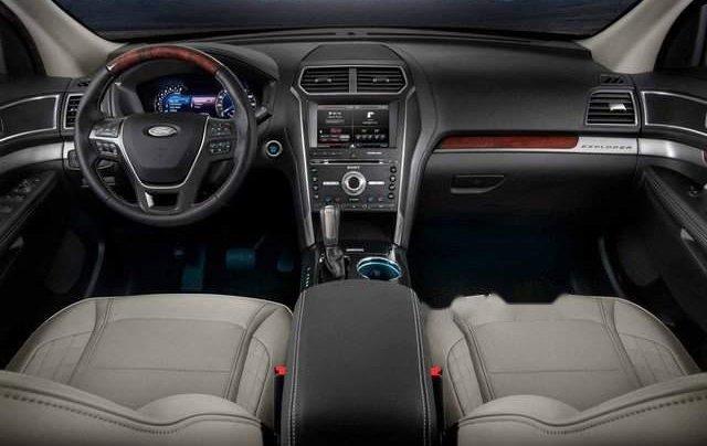 Cần bán xe Ford Explorer năm sản xuất 2019, nhập khẩu, giao nhanh3
