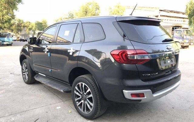 Ford Everest 4x2 titanium, bi-turbo 2019 tặng BHVC phụ kiện. Giao xe toàn quốc - Liên hệ ép giá: 0934.696.4665