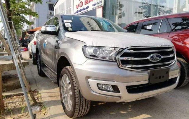Cần bán xe Ford Everest năm sản xuất 2019, nhập khẩu