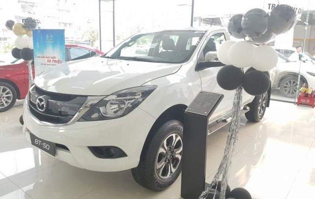 Cần bán Mazda BT 50 sản xuất năm 2019, màu trắng, nhập khẩu nguyên chiếc giá cạnh tranh1