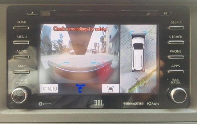 MT Auto bán xe Toyota Sienna LE Limited sản xuất 2018, màu trắng, xe nhập Mỹ nguyên chiếc - LH em Hương 09453924688