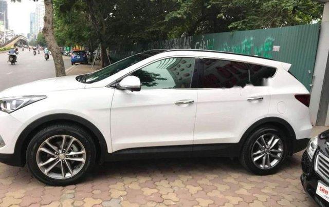 Cần bán gấp Hyundai Santa Fe đời 2016, màu trắng2