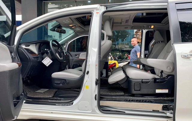 Bán xe Toyota Sienna Limited đời 2019, màu trắng, nhập khẩu nguyên chiếc4