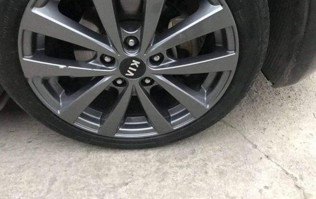 Xe Kia K3 sản xuất năm 2015, màu đen còn mới, giá tốt3