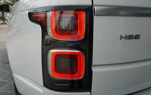 Cần bán xe LandRover Range Rover HSE năm 2019, màu trắng, xe nhập4