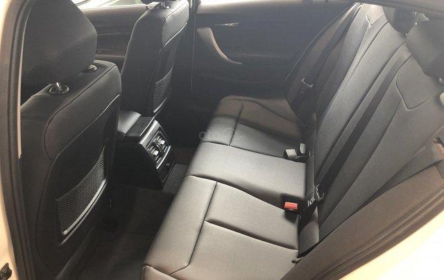 Cần bán xe BMW 1 Series 118i năm sản xuất 2018, màu trắng, xe nhập4