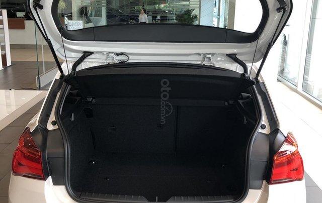 Cần bán xe BMW 1 Series 118i năm sản xuất 2018, màu trắng, xe nhập6