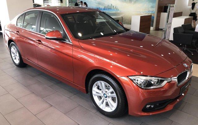 Cần bán BMW 3 Series 320i đời 2019, màu cam, nhập khẩu1