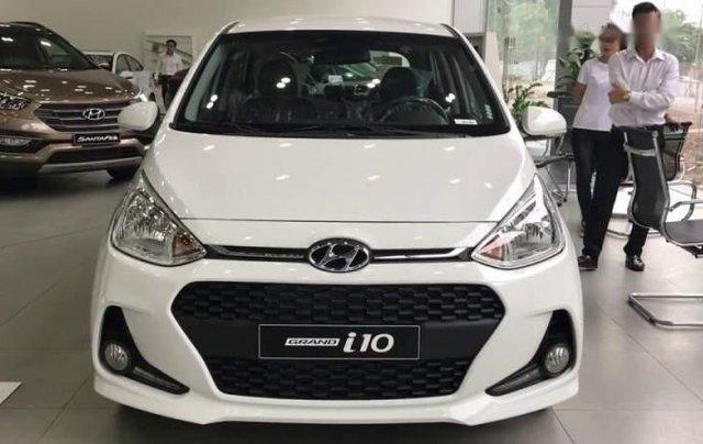 Bán Hyundai Grand i10 1.2MT năm sản xuất 2019, màu trắng, 370tr2