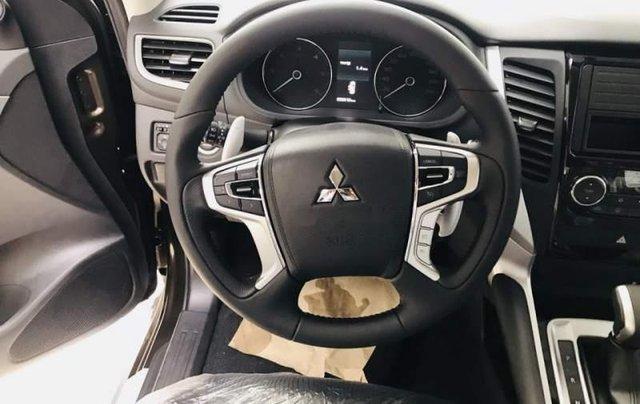 Bán Mitsubishi Pajero đời 2018, màu nâu, nhập khẩu Thái1