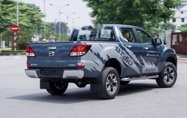 Bán Mazda BT 50 đời 2019, màu xanh lam, nhập khẩu  1