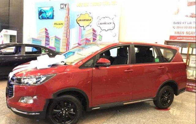 Bán xe Toyota Innova đời 2019, màu đỏ, 848 triệu2