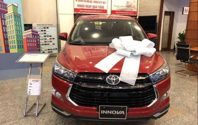 Bán xe Toyota Innova đời 2019, màu đỏ, 848 triệu0
