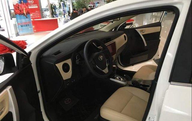 Bán Toyota Corolla Altis năm sản xuất 2019, màu trắng2