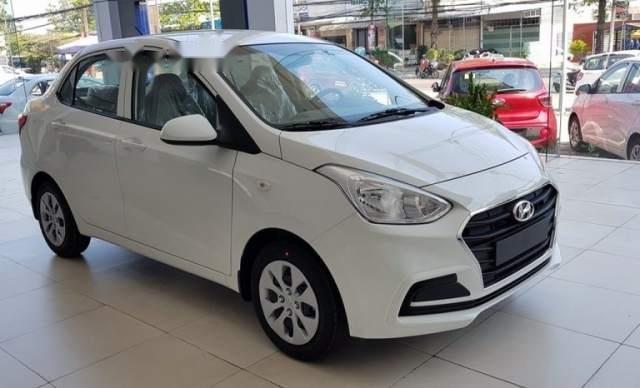 Bán xe Hyundai Grand i10 sản xuất năm 2019, màu trắng1