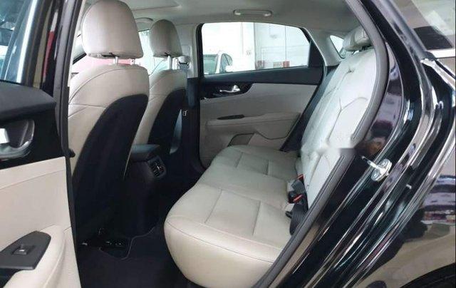 Bán xe Kia Cerato năm 2019, nhập khẩu, giá chỉ 589 triệu4