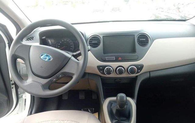 Bán xe Hyundai Grand i10 sản xuất năm 2019, màu trắng4