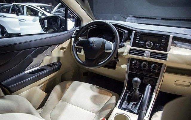 Bán xe Mitsubishi Xpander năm sản xuất 2019, màu bạc, xe nhập2