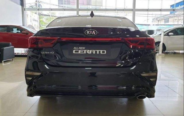 Bán xe Kia Cerato năm 2019, nhập khẩu, giá chỉ 589 triệu2