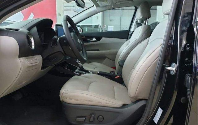 Bán xe Kia Cerato năm 2019, nhập khẩu, giá chỉ 589 triệu3