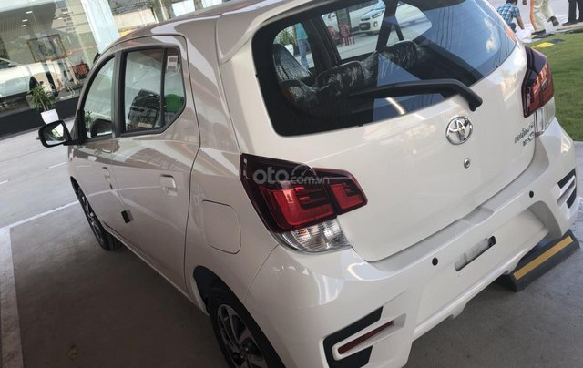 Toyota Tân Cảng bán xe Wigo 1.2MT giao ngay, đủ màu, trả trước 100tr nhận xe2