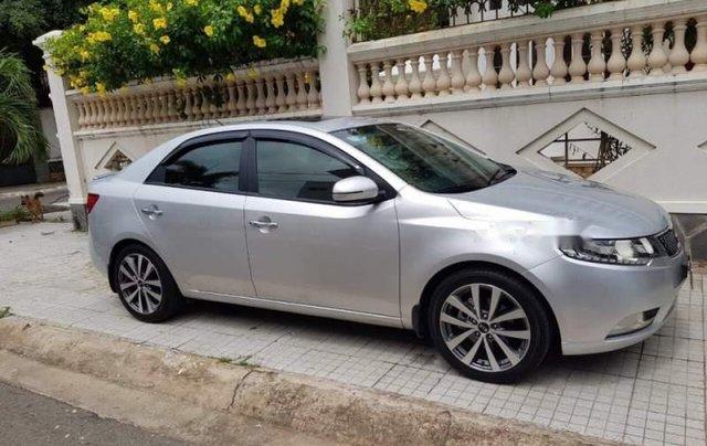 Bán ô tô Kia Forte sản xuất 2013, màu bạc còn mới giá cạnh tranh0