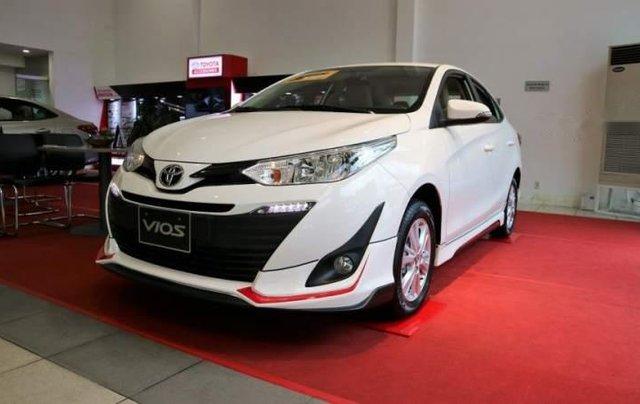 Bán Toyota Vios 2019, màu trắng, giá cạnh tranh0