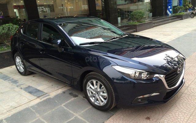Mazda Hà Đông bán xe Mazda 3 Hatchback giá sập sàn. LH: 0944601785 để nhận thêm ưu đãi4