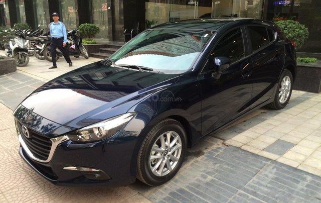 Mazda Hà Đông bán xe Mazda 3 Hatchback giá sập sàn. LH: 0944601785 để nhận thêm ưu đãi1