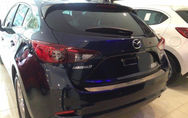 Mazda Hà Đông bán xe Mazda 3 Hatchback giá sập sàn. LH: 0944601785 để nhận thêm ưu đãi7