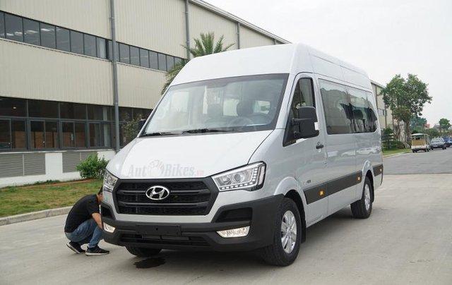Xe khách Hyundai Solati 16 chỗ, đời 2019, khuyến mãi 30tr, hộp đen, hỗ trợ vay cao - Lh: 09327787941