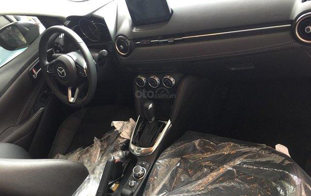 Mazda Giải Phóng bán xe Mazda 2 đủ màu, đủ phiên bản giao ngay - LH: 0944601785 để nhận thêm ưu đãi6