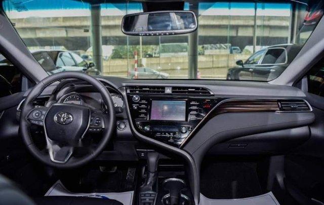 Bán Toyota Camry năm sản xuất 2019, màu đen, nhập từ Thái5