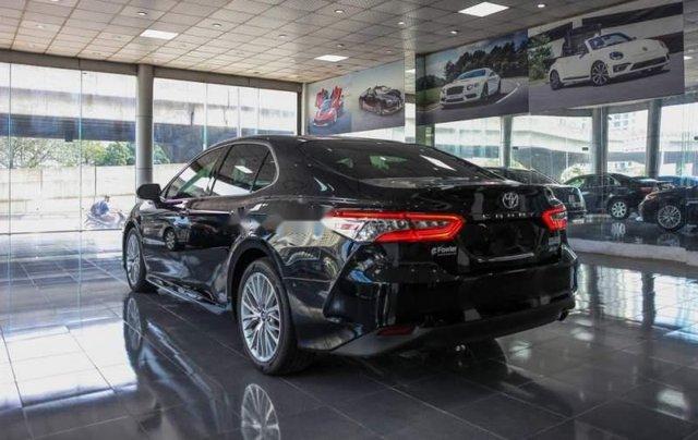 Bán Toyota Camry năm sản xuất 2019, màu đen, nhập từ Thái2