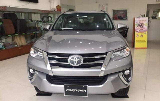Bán xe Toyota Fortuner sản xuất năm 2018, màu xám giá cạnh tranh3