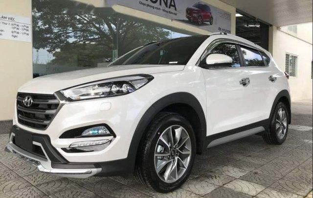 Bán Hyundai Tucson đời 2019, màu trắng, mới 100%0