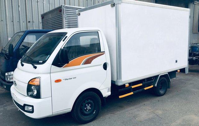 Bán xe tải Hyundai thùng bảo ôn 1T5, thùng dài 3m1 có sẵn giá tốt1