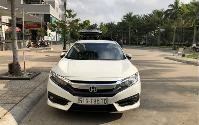 Bán ô tô Honda Civic Turbo 1.5G năm 2018, màu trắng, xe nhập chính chủ1