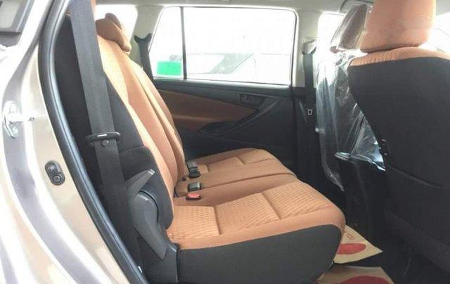 Bán xe Toyota Innova 2.0E sản xuất năm 2019 giá cạnh tranh5