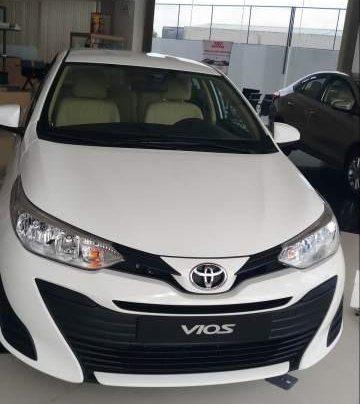 Bán ô tô Toyota Vios 1.5E 2019, màu trắng, mới 100%1