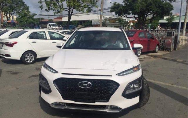 Cần bán Hyundai Kona sản xuất năm 2019, 675tr0