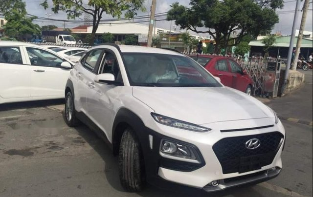 Cần bán Hyundai Kona sản xuất năm 2019, 675tr1
