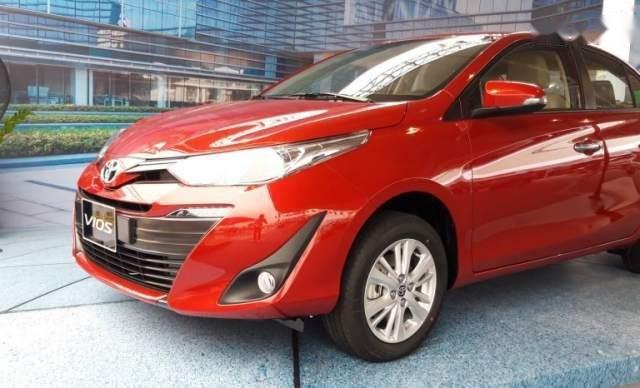 Bán ô tô Toyota Vios 2019, màu đỏ, giá tốt0