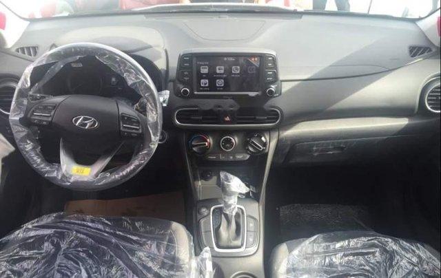 Cần bán Hyundai Kona sản xuất năm 2019, 675tr4
