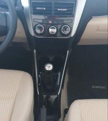 Bán ô tô Toyota Vios 1.5E 2019, màu trắng, mới 100%4