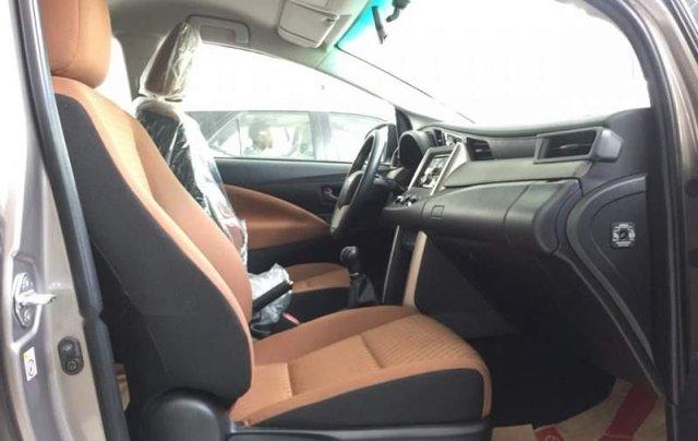 Bán xe Toyota Innova 2.0E sản xuất năm 2019 giá cạnh tranh4